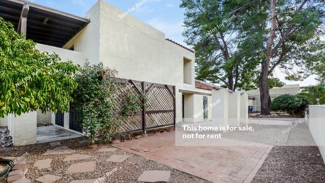 Photo 1 of 27 - 3035 N Placita Fuente, Tucson, AZ 85715
