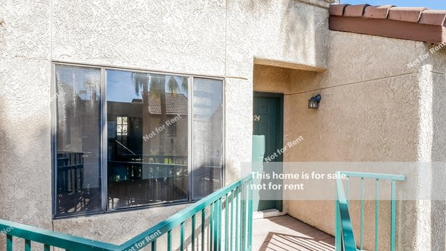 Photo 1 of 25 - 3690 N Country Club Rd #1024, Tucson, AZ 85716