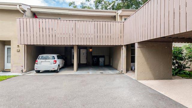 Photo 1 of 24 - 1409 Oak Pl Unit C, Apopka, FL 32712