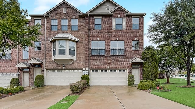 Photo 1 of 50 - 2520 Chambers Dr, Lewisville, TX 75067