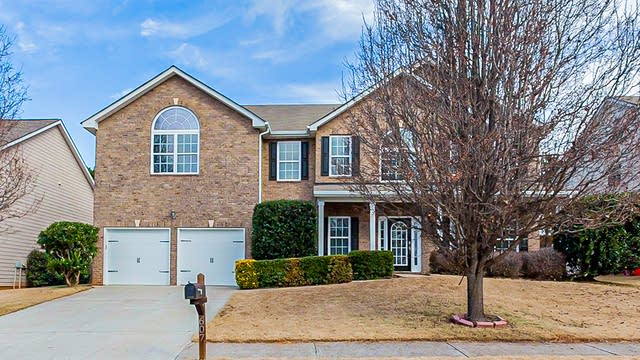 Photo 1 of 36 - 607 Hancock Ave, Braselton, GA 30517