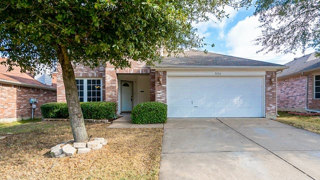 Photo 1 of 28 - 5636 Goldeneye Ln, Dallas, TX 75249