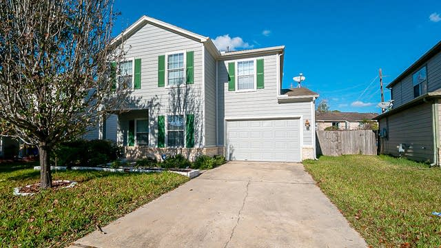 Photo 1 of 33 - 734 Grand Plains Dr, Houston, TX 77090