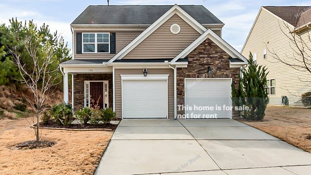 Photo 1 of 20 - 130 Florence Dr, Clayton, NC 27527