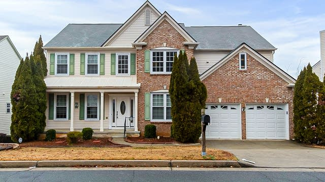 Photo 1 of 30 - 3329 Spindletop Dr NW, Kennesaw, GA 30144
