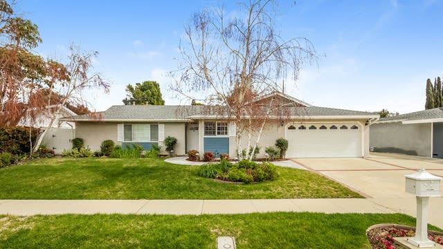 Photo 1 of 25 - 3076 Travis Ave, Simi Valley, CA 93063