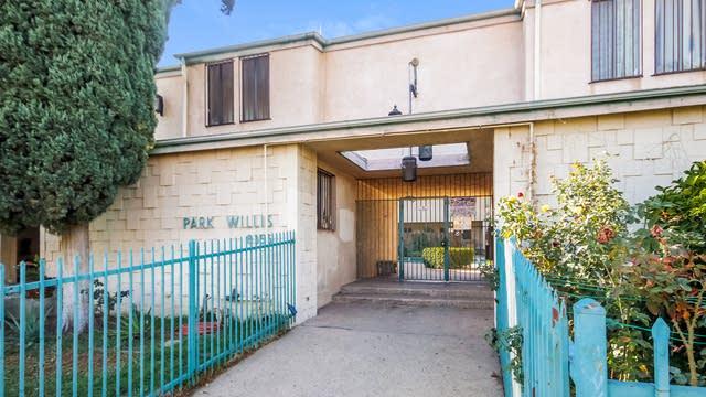 Photo 1 of 27 - 8355 Willis Ave #6, Los Angeles, CA 91402