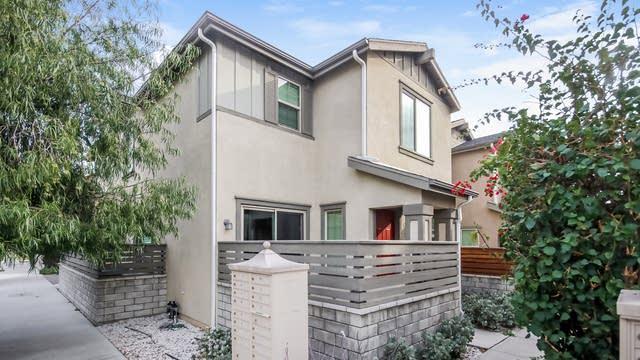 Photo 1 of 27 - 10954 Kittridge St, Los Angeles, CA 91606