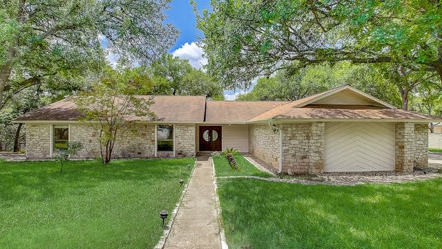Photo 1 of 38 - 836 Red Bud Ln, Round Rock, TX 78664