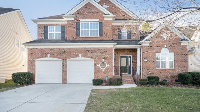 Photo 1 of 21 - 4102 Barclay Forest Dr, Charlotte, NC 28213