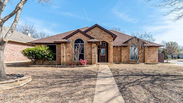 Photo 1 of 37 - 5900 Ravenya St, Fort Worth, TX 76179