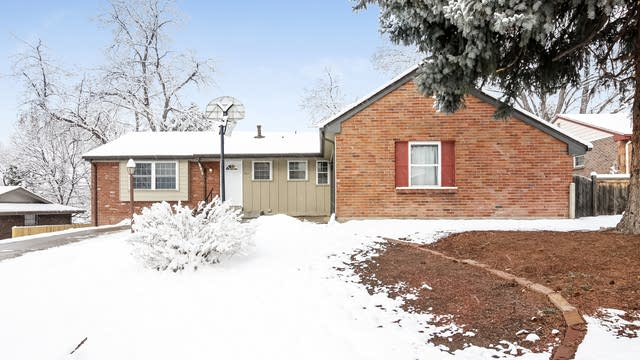 Photo 1 of 31 - 7011 Pierson St, Arvada, CO 80004