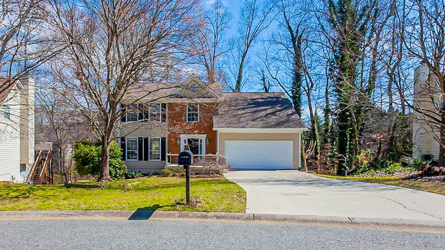 Photo 1 of 36 - 845 Long Branch Cir, Sugar Hill, GA 30518