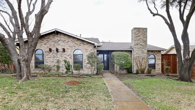 Photo 1 of 24 - 10251 Black Hickory Rd, Dallas, TX 75243