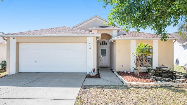 Photo 1 of 17 - 4410 Horseshoe Pick Ln, Valrico, FL 33594