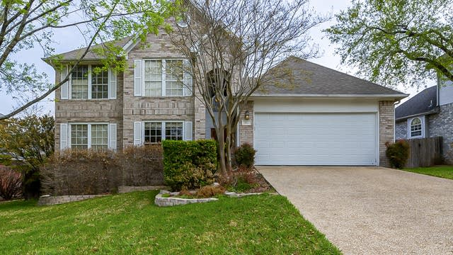 Photo 1 of 24 - 823 Stoneway Dr, San Antonio, TX 78258