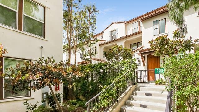 Photo 1 of 25 - 2460 E Villa St #5, Pasadena, CA 91107