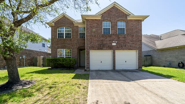 Photo 1 of 33 - 12127 Wortham Landing Dr, Houston, TX 77065