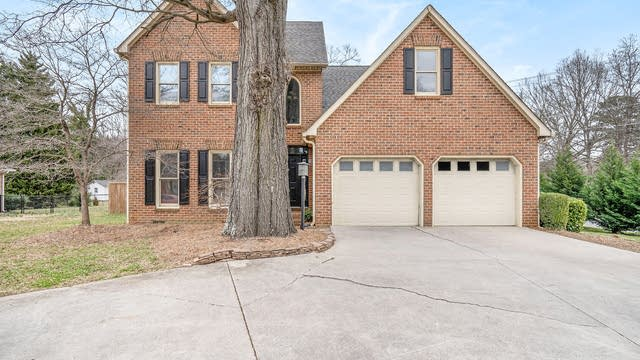 Photo 1 of 19 - 2900 Old Well Ln, Gastonia, NC 28054