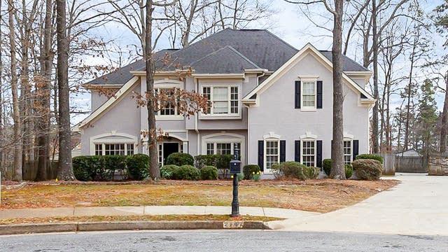 Photo 1 of 31 - 2147 Birch Hollow Trl, Lawrenceville, GA 30043