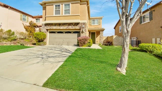 Photo 1 of 21 - 20011 Christopher Ln, Santa Clarita, CA 91350