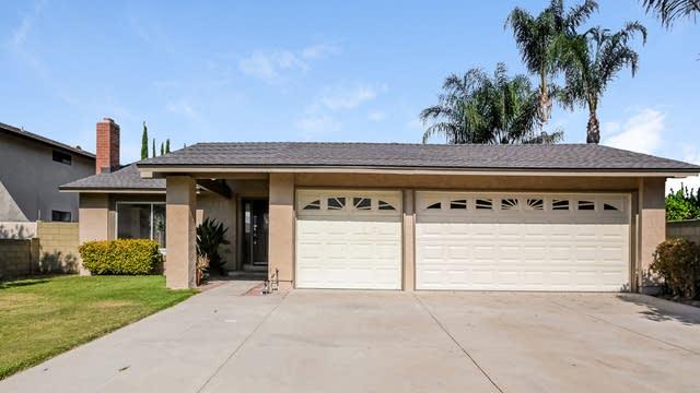 Photo 1 of 27 - 939 Erringer Rd, Simi Valley, CA 93065