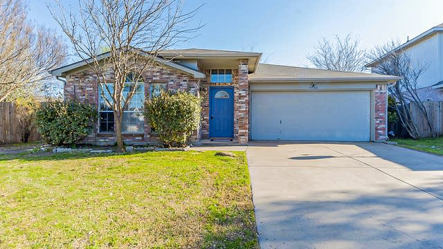 Photo 1 of 19 - 7900 Flowertree Ct, Fort Worth, TX 76137