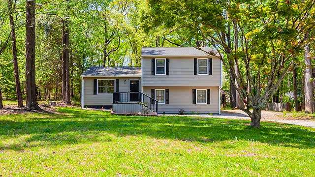 Photo 1 of 32 - 3423 Bleckley Dr, Lithonia, GA 30038