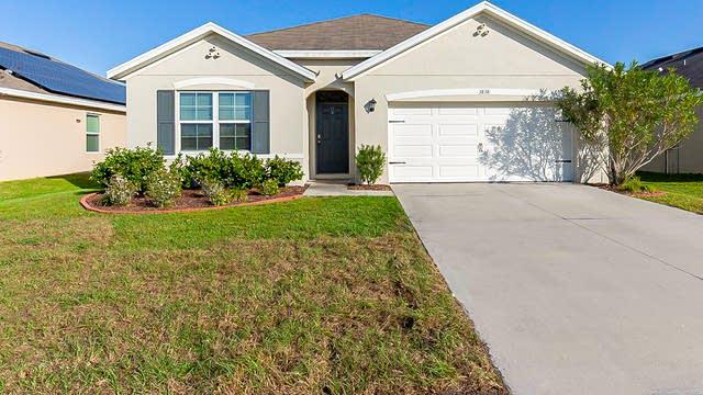 Photo 1 of 30 - 3838 Willow Walk Dr, Palmetto, FL 34221