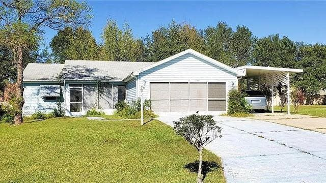 Photo 1 of 8 - 711 Oak Ln, Lady Lake, FL 32159