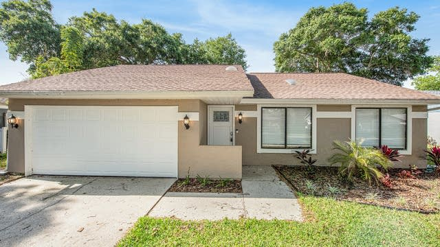 Photo 1 of 15 - 5822 Silver Moon Ave, Tampa, FL 33625