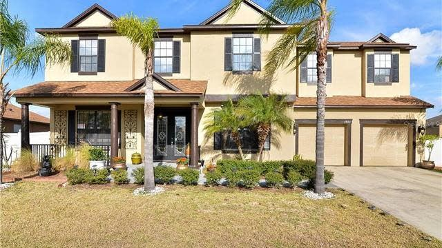 Photo 1 of 25 - 3995 Blossom Dew Dr, Kissimmee, FL 34746