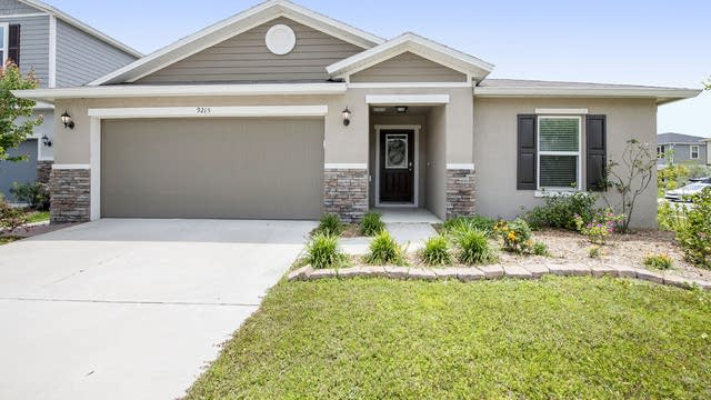 Photo 1 of 19 - 9215 Freedom Hill Dr, Seffner, FL 33584
