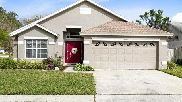 Photo 1 of 32 - 7749 Water Oak Ct, Kissimmee, FL 34747