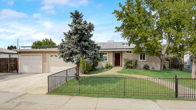 Photo 1 of 37 - 1083 McCollum Ave, Yuba City, CA 95991