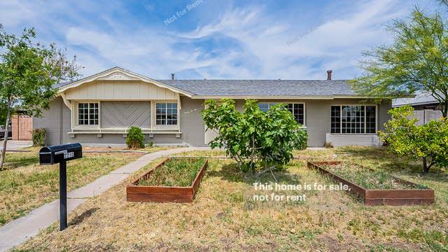 Photo 1 of 26 - 2210 W Greenbriar Dr, Phoenix, AZ 85023