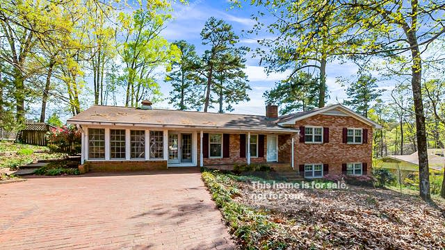 Photo 1 of 32 - 4015 King Charles Rd, Durham, NC 27707