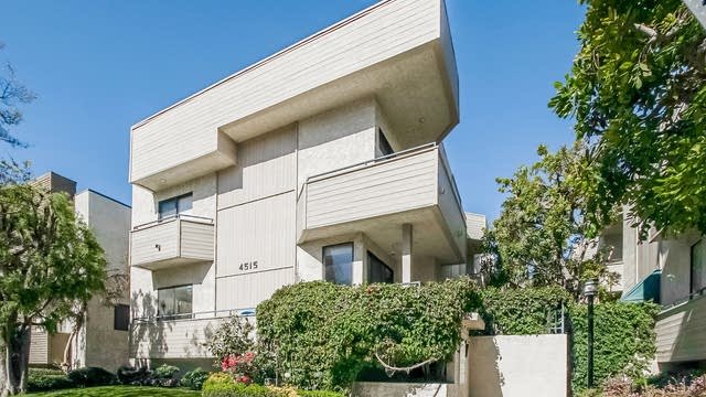 Photo 1 of 27 - 4515 Coldwater Canyon Ave #3, Los Angeles, CA 91604