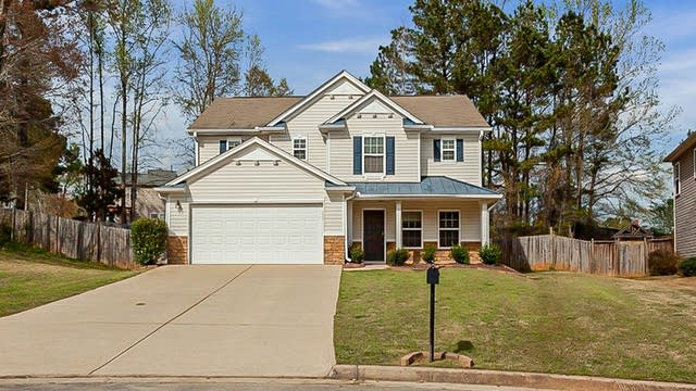 Photo 1 of 28 - 94 Candy Lilly Ct, Dallas, GA 30157