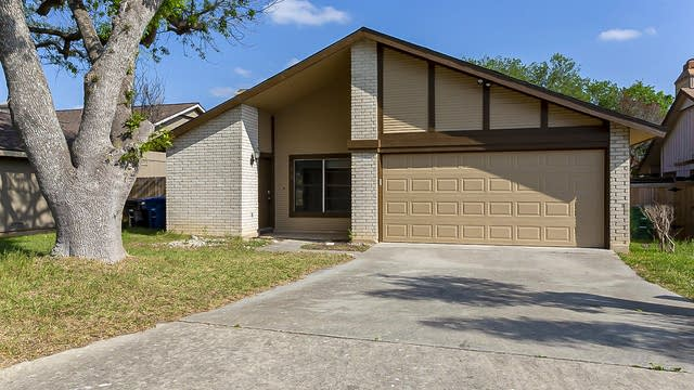 Photo 1 of 16 - 5926 Rebel Ridge St, San Antonio, TX 78247