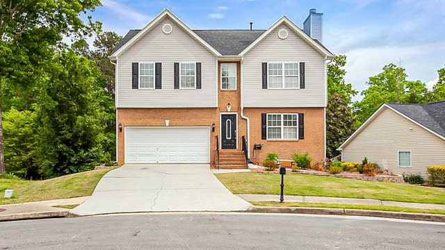 Photo 1 of 37 - 3890 Brushy Wood Dr, Loganville, GA 30052