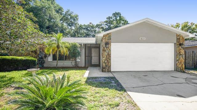 Photo 1 of 18 - 1833 Willow Oak Dr, Palm Harbor, FL 34683