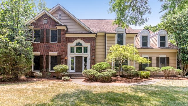 Photo 1 of 21 - 10500 Providence Arbours Dr, Charlotte, NC 28270