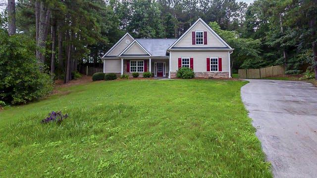 Photo 1 of 32 - 4387 Rustic Oak Ln, Braselton, GA 30517