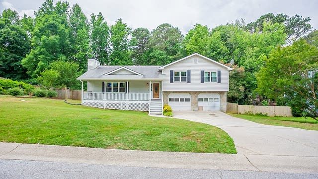Photo 1 of 26 - 1169 Gate Post Ln, Lawrenceville, GA 30044