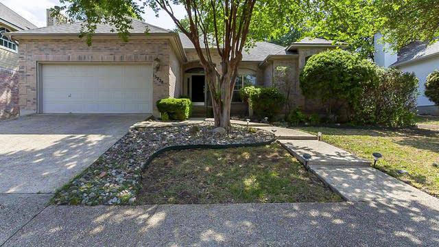 Photo 1 of 23 - 15228 Antler Creek Dr, San Antonio, TX 78248