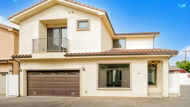 Photo 1 of 27 - 7611 Lilly Way, Los Angeles, CA 91605