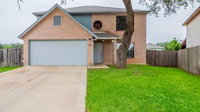 Photo 1 of 22 - 1322 Crossing Oaks, San Antonio, TX 78253