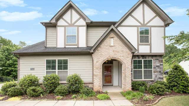 Photo 1 of 24 - 7026 Garden Hill Dr, Huntersville, NC 28078