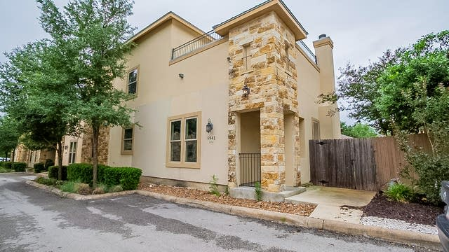 Photo 1 of 22 - 5941 Whitby Rd #102, San Antonio, TX 78240